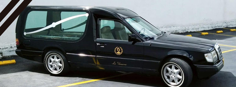 Coche Mercedes - Funeraria La Veracruz